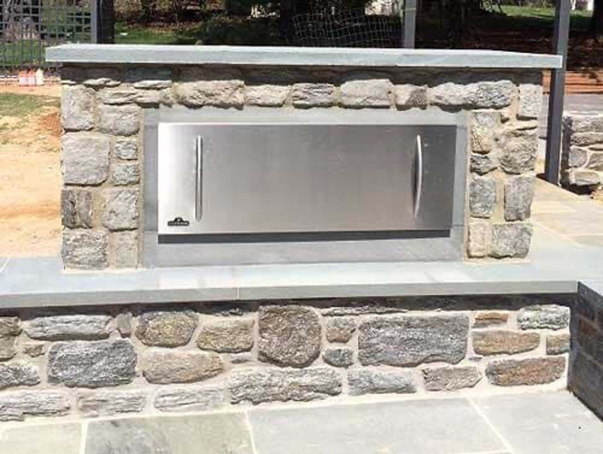 Custom Stone and Flagstone Pointed Pizza Oven