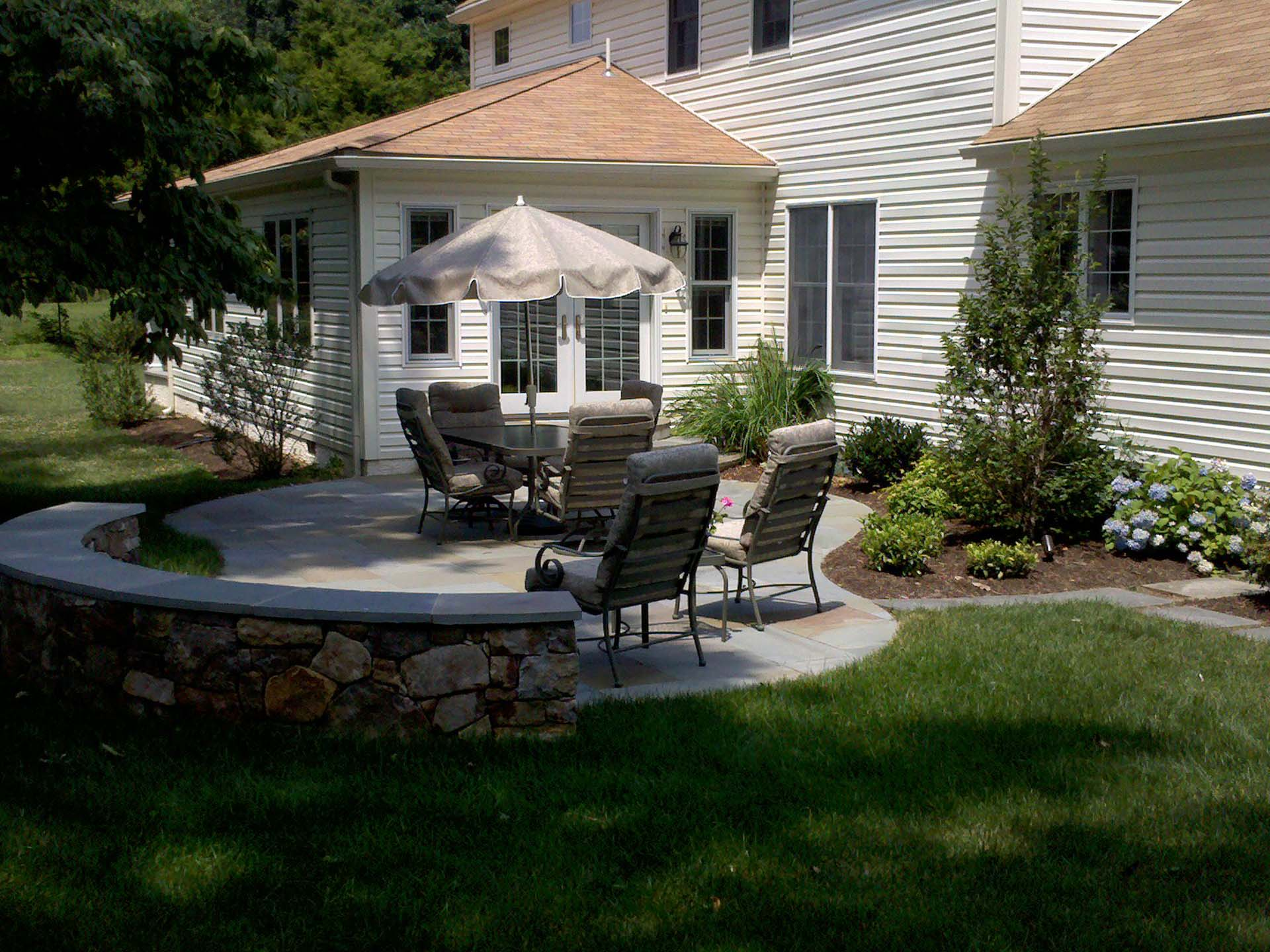 Flagstone Patio and Dry Pac Wall with Flagstone Cap Wall